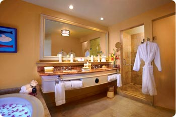 Luxurious bathrooms are standard in Hilton Los Cabos suites.