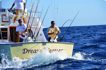 Cabo fishing charters with Dreamweaver, Capt. Ramon Montano